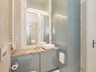 維也納 現代經典歐風翻新老舊公寓