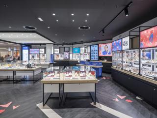 布魯塞爾百貨商場 簡約機能鐘錶專櫃