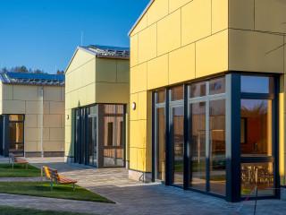 鮮豔色澤x簡單造型 德國新興市鎮幼稚園